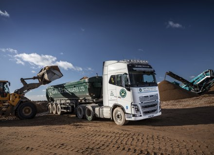 Eleven New Volvo Trucks Pass the Test on Aggregate at North Lincs