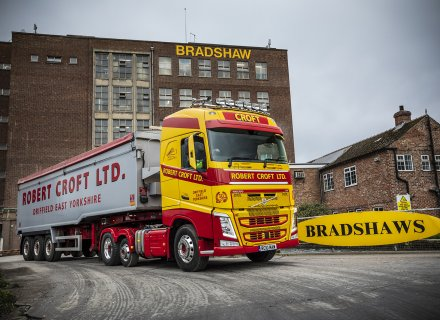 Robert Croft Celebrates Anniversary with Volvo FH500 6x2