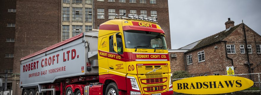 Robert Croft Celebrates Anniversary with Volvo FH500 6x2
