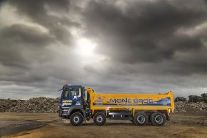 Leeds Based Mone Brothers Acquire MAN 8x4 TGS 35.420