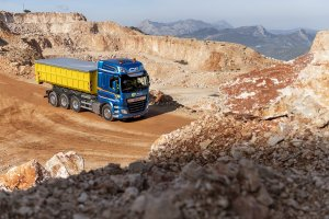 DAF Trucks Expands UK Product Range at CV Show