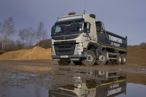 Thompsons of Prudhoe Welcome Kevin Swallow for Bulk & Tipper Torque