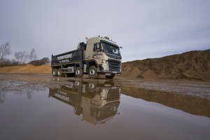 Thompsons of Prudhoe Welcome Bulk & Tipper Magazine