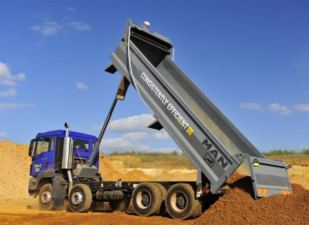 Coined the '8x4x4' warranty, MAN offers a four year warranty on rigid tipping bodies from Thompsons Group in its Trucks2Go programme.
